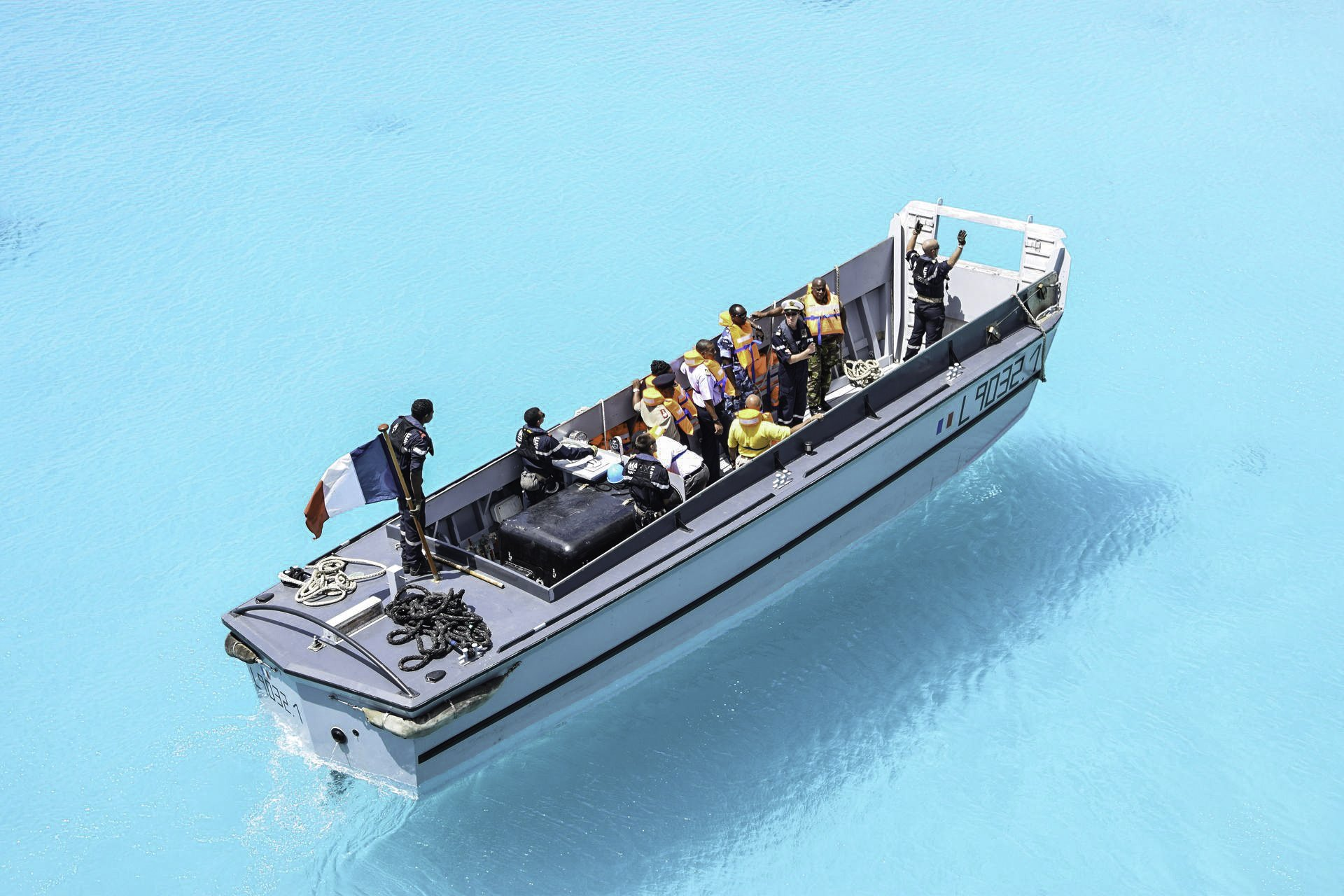 Offres et demandes d'embarquement, convoyage de bateau